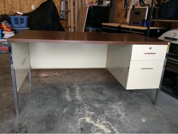 Brilliant Office Products Office Furniture Lighting Desks Workstations Desks