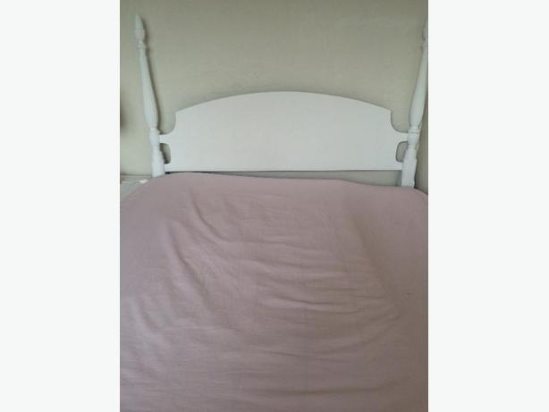 White 4 Poster Bed With Double Mattress Saanich Victoria