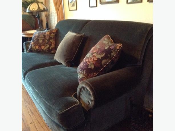 Chintz sofa and chair excellent condition west shore for Chintz couch
