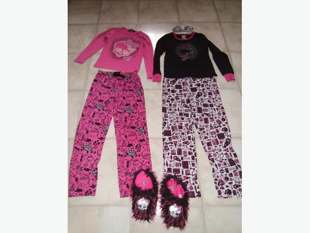 7 Monster High Clothes Sets Sizes L and XL with slippers