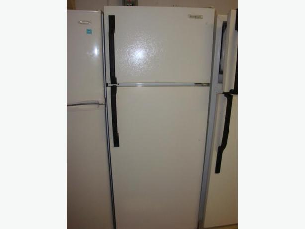 apartment size fridge stove and dishwasher in very good condition and