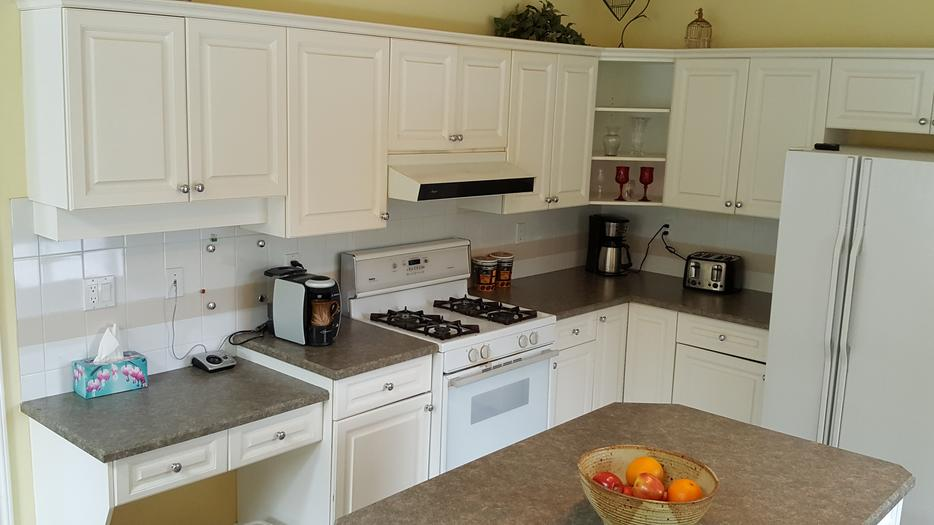 Kitchen cabinets north nanaimo nanaimo for Kitchen cabinets nanaimo