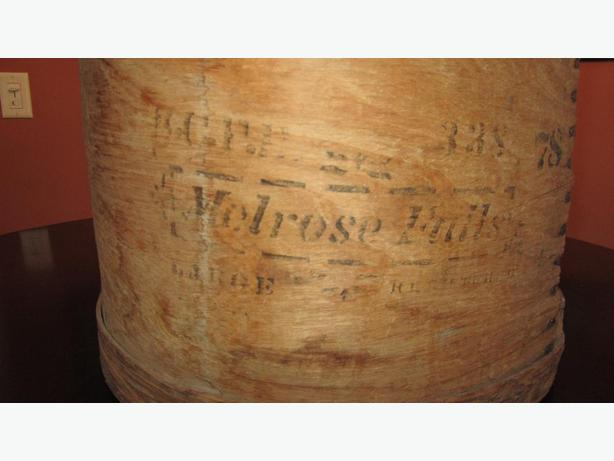 Vintage, Round, Wooden Cheese Box
