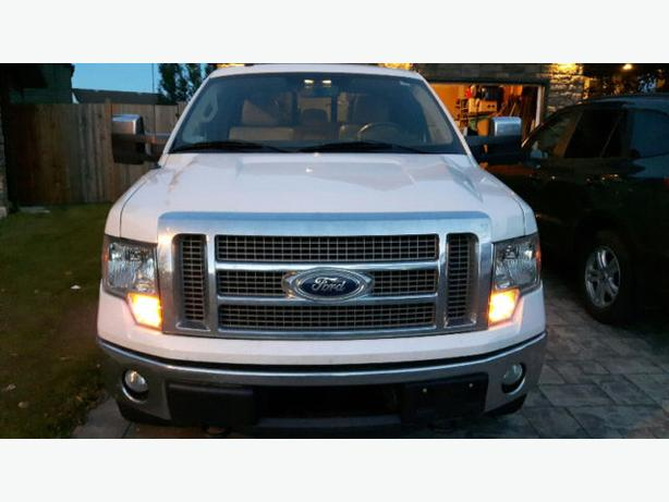 Ford F-150 Lariat Crew Cab Low Km's Original Owner