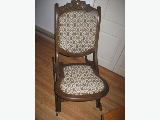Antique folding rocking chair - Nice small size