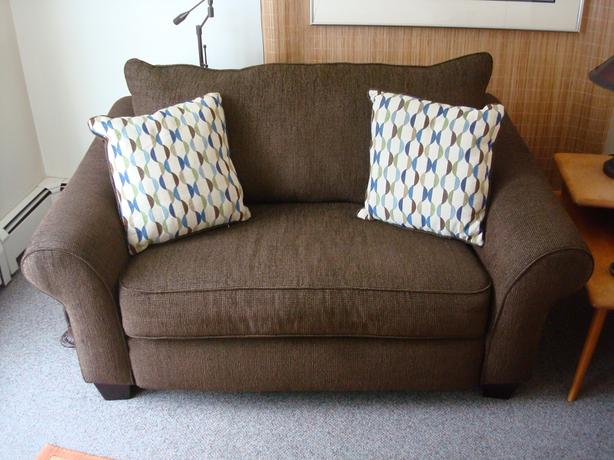 Price reduced....Love Seat with twin hide a bed