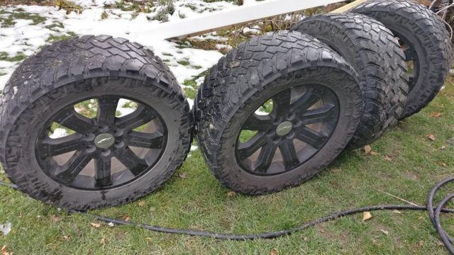 Chevrolet Avalanche For Sale Ottawa: Chevy OEM Wheels With TMPS And NITTO 295-55-20 Combo 4