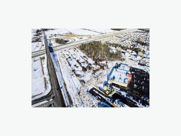 Investment/Development Opportunity Laurentides 10 Minutess from Gatineau