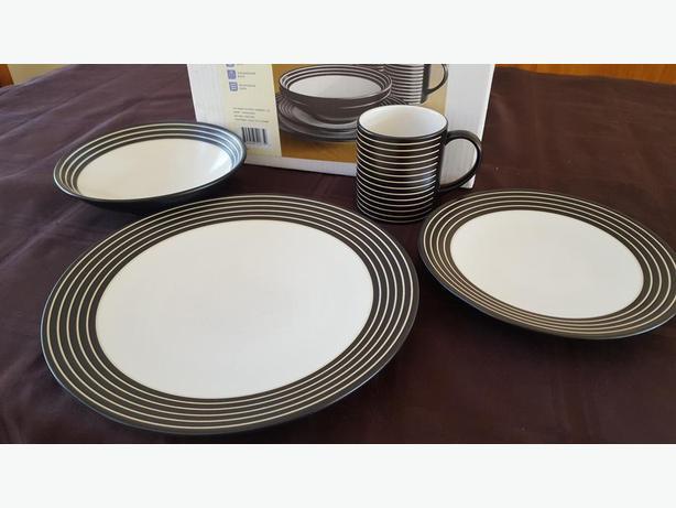 Denby dish set Cobble Hill, Cowichan
