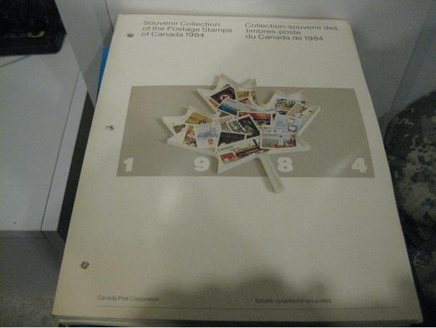 Canada 1984 Stamp Year Book All stamp inside FV=15.23