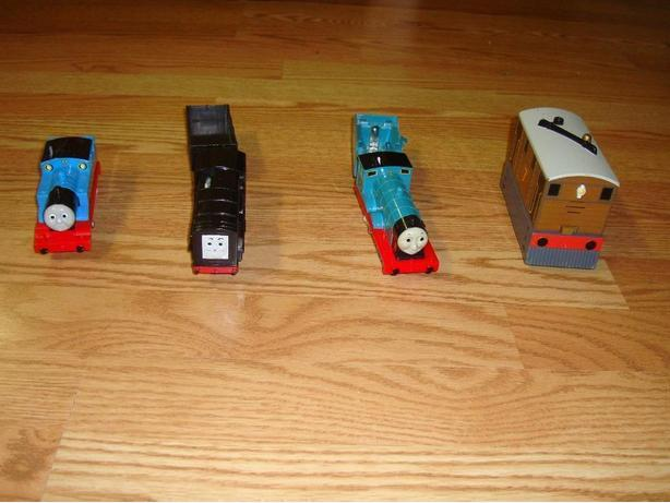 Lot 2 - Like New Thomas and Friends Electric Trains - $50