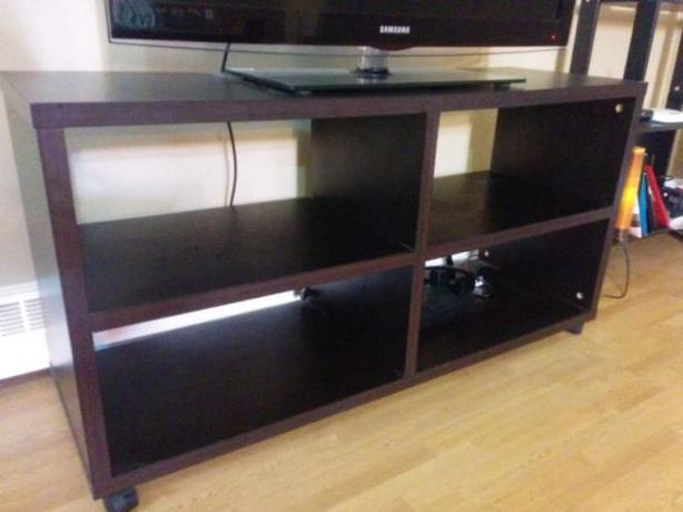 TV media entertainment stand on wheels