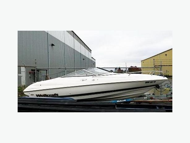 Wellcraft Excell Cuddy Cabin Sport Boat For Sale
