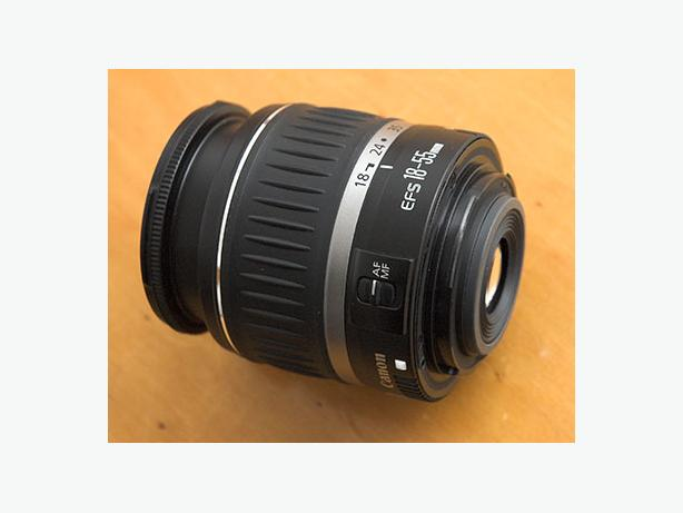 Canon kit lens 18-55mm (like new condition)