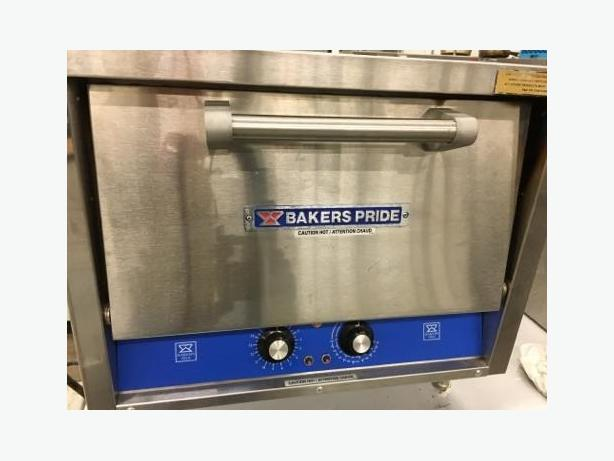 PIZZA OVEN  (DOUBLE DECK)  BAKERS PRIDE