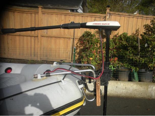 Minn kota electric boat motor saanich victoria for Minn kota electric outboard motors