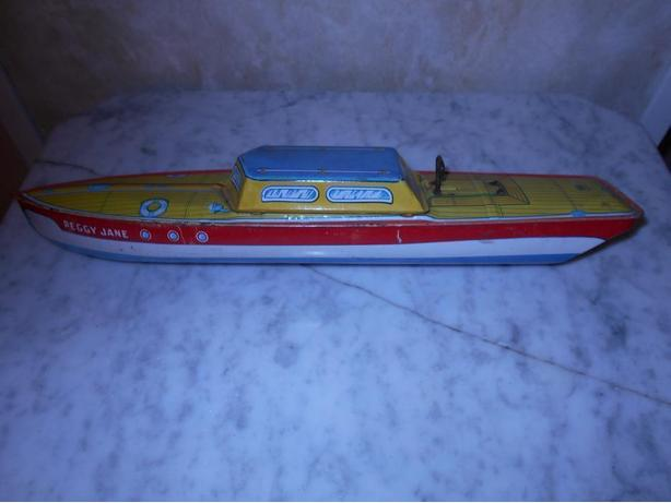 Tin toy 1940s wined up boat