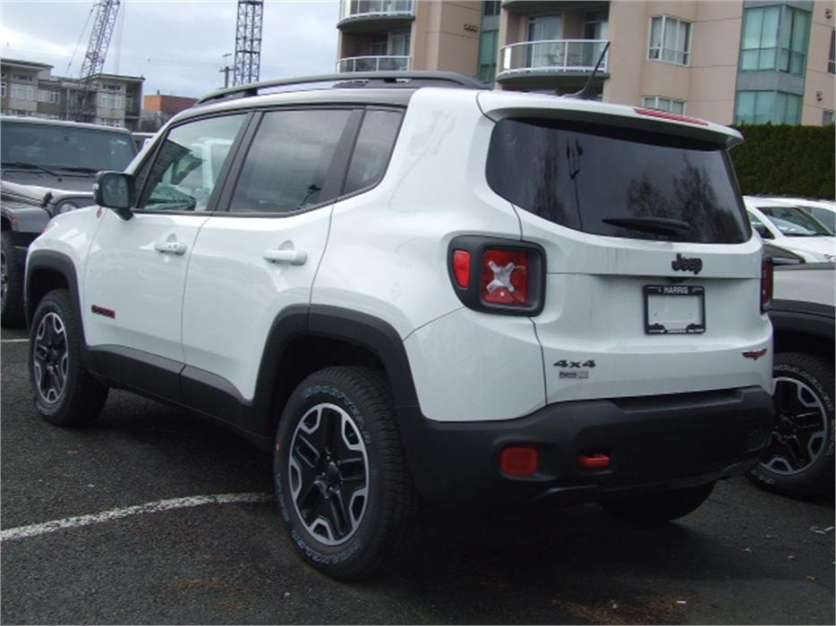 2016 jeep renegade trailhawk practically new victoria. Black Bedroom Furniture Sets. Home Design Ideas