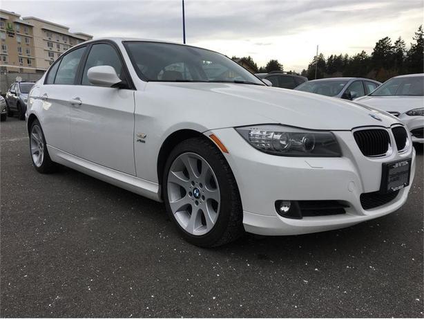 2011 BMW 328 328i Xdrive  - $168.04 B/W