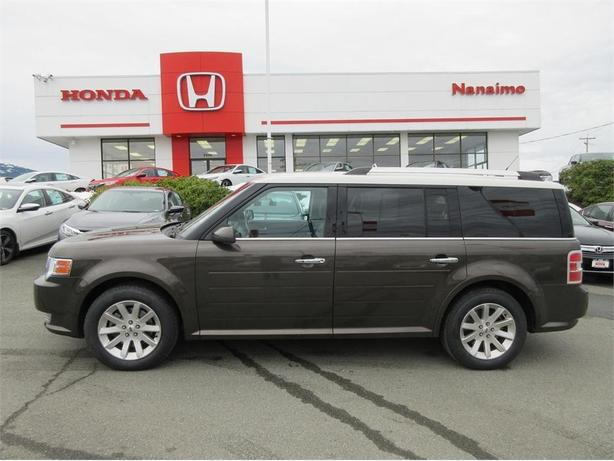2011 ford flex sel rare awd outside victoria victoria. Black Bedroom Furniture Sets. Home Design Ideas