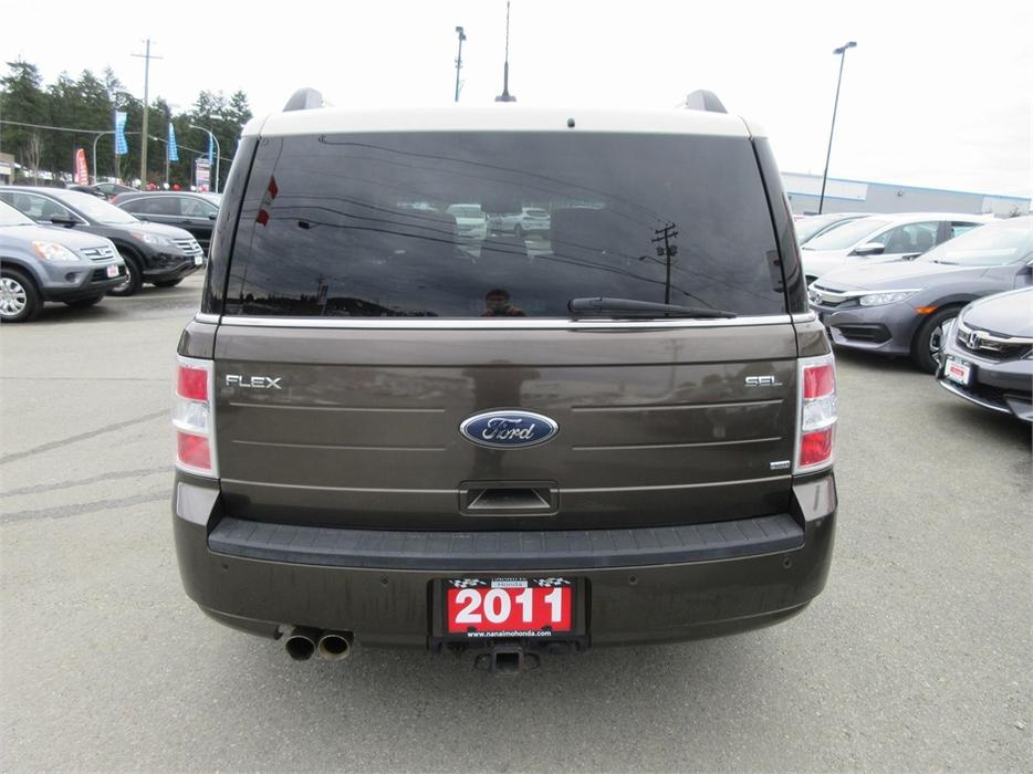 2011 ford flex sel rare awd outside comox valley comox valley. Black Bedroom Furniture Sets. Home Design Ideas