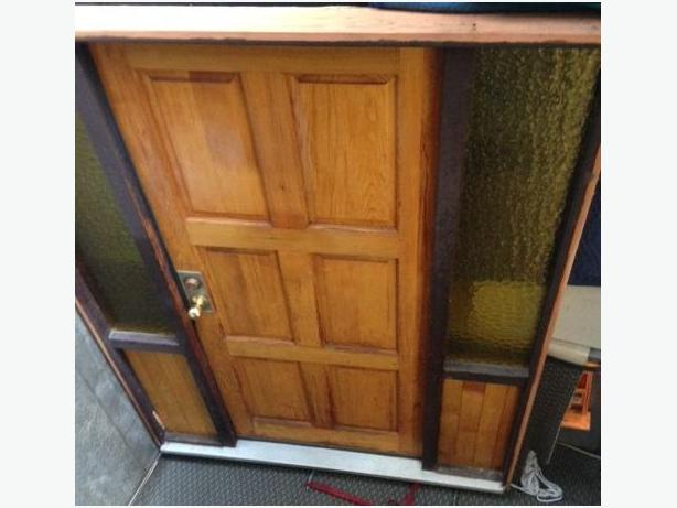 Front Fir Door 1980's - Very Nice. Free Delivery in Port Alberni