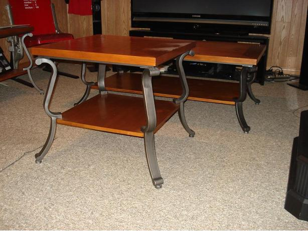 Tables - Coffee & End Tables