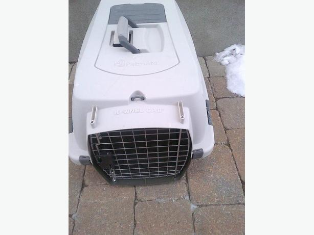 PLAYMATE KENNEL CAB CAT DOG PET CARRIER CAGE