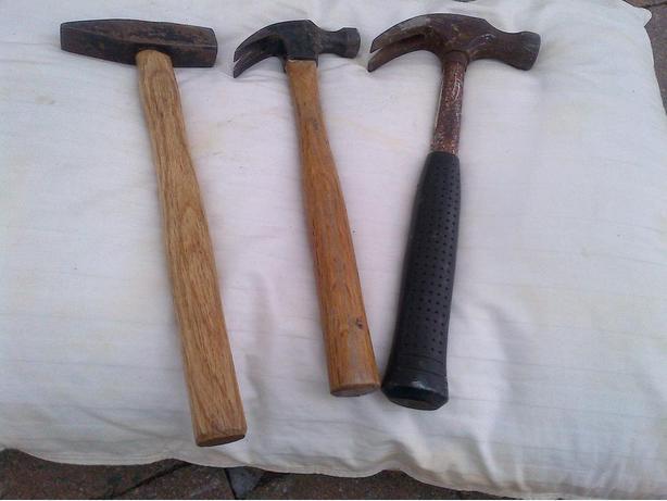 3 HAMMERS 2 WOODEN HAMMERS 1 METAL HAMMER $10
