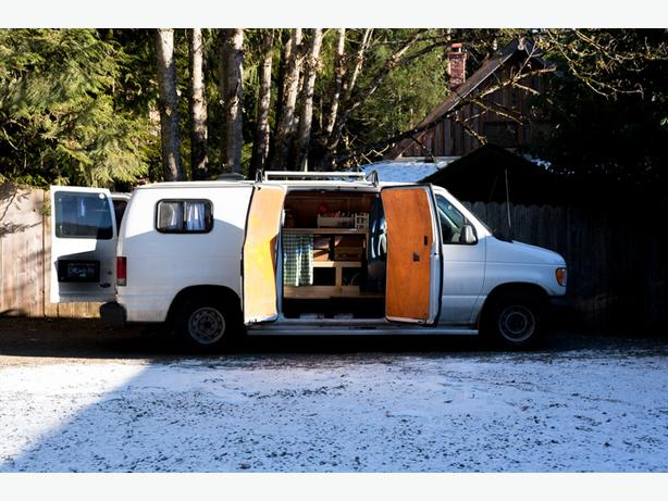 2002 Ford Econoline Campervan w/ Solar -- Low KM