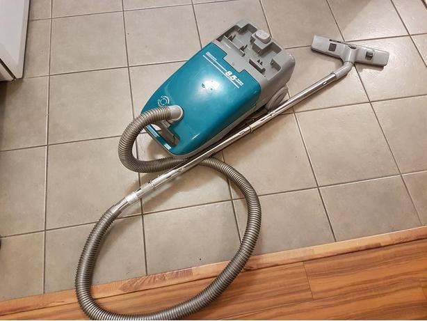 Kenmore Vacuum 8.5 Amp Carousel Cleaning