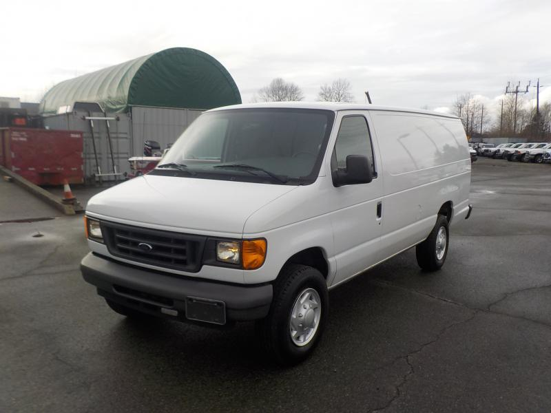 2007 ford econoline e 250 extended cargo van outside. Black Bedroom Furniture Sets. Home Design Ideas