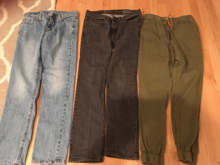 Brand Name Jeans - Size 30 Malahat (including Shawnigan ...