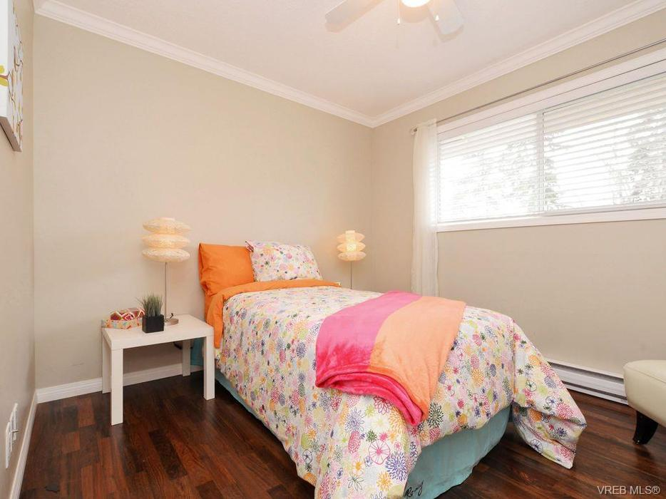 3 Bedrooms Home In Maplewood Area For Rent Saanich Victoria Mobile