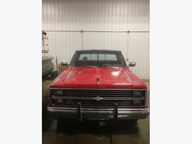 For Sale 1983 Chevrolet Truck Custom Deluxe