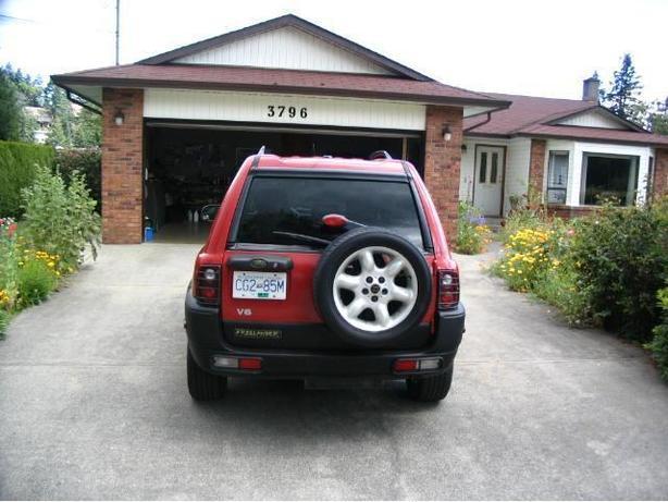 $1500 2002 land rover awd suv s.e.mechanics special $1500