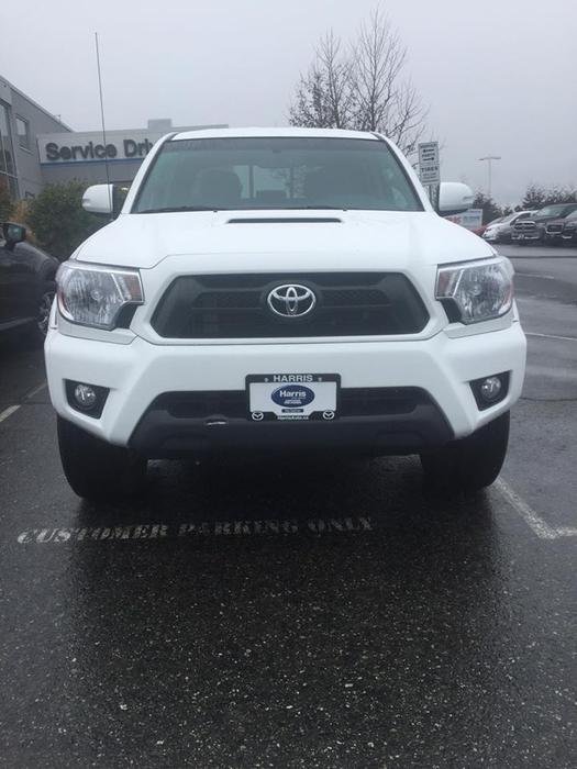 2015 toyota tacoma trd sport 4x4 outside comox valley campbell river mobile. Black Bedroom Furniture Sets. Home Design Ideas