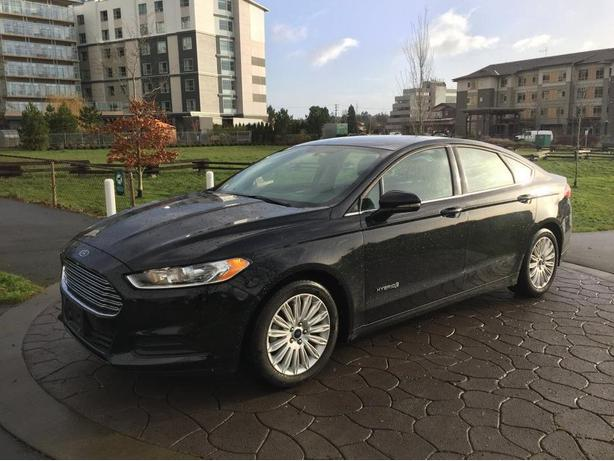2016 ford fusion se hybrid victoria city victoria. Black Bedroom Furniture Sets. Home Design Ideas
