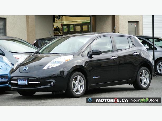 2014 Nissan LEAF SV - Quick Charge Pkg - Backup Camera - M8515