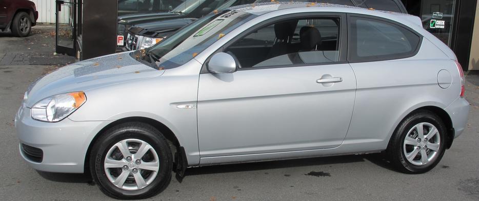 2009 Hyundai Accent Auto Locar Car No Accidents In Excellent Condition Victoria City Victoria