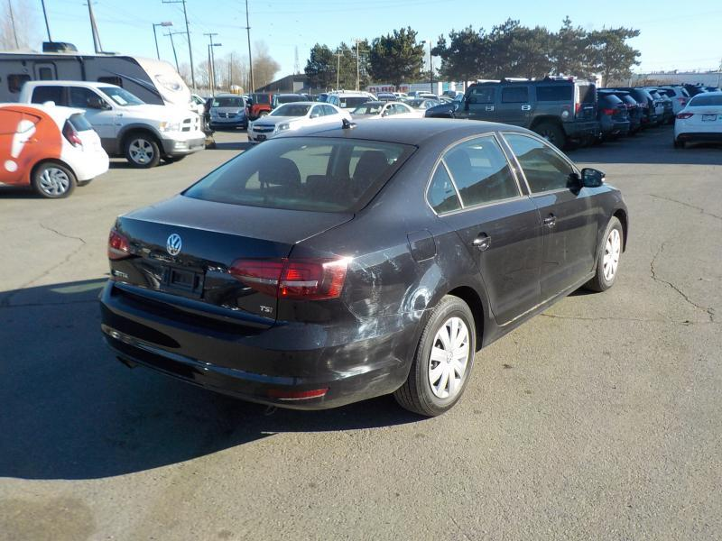 2016 volkswagen jetta 1 4t tsi 5 speed outside calgary area calgary. Black Bedroom Furniture Sets. Home Design Ideas