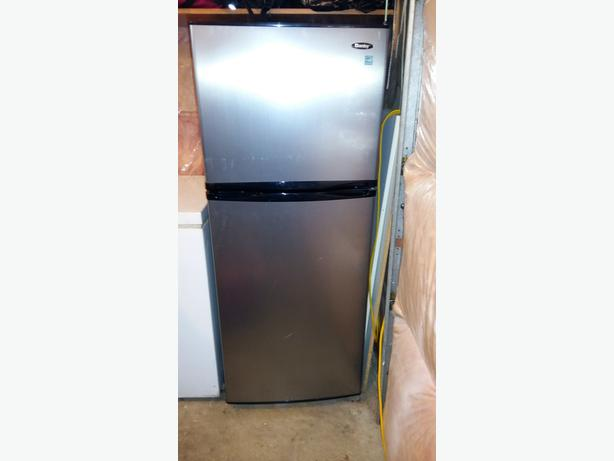 Danby Apartment Size Fridge Stainless Steel Central Saanich, Victoria