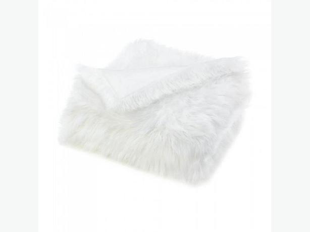 Soft White Faux Fur Throw Blanket Set of 2 Brand New