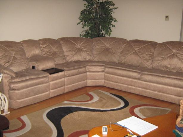 FREE FREE FREE - SECTIONAL COUCH : free sectional couch - Sectionals, Sofas & Couches