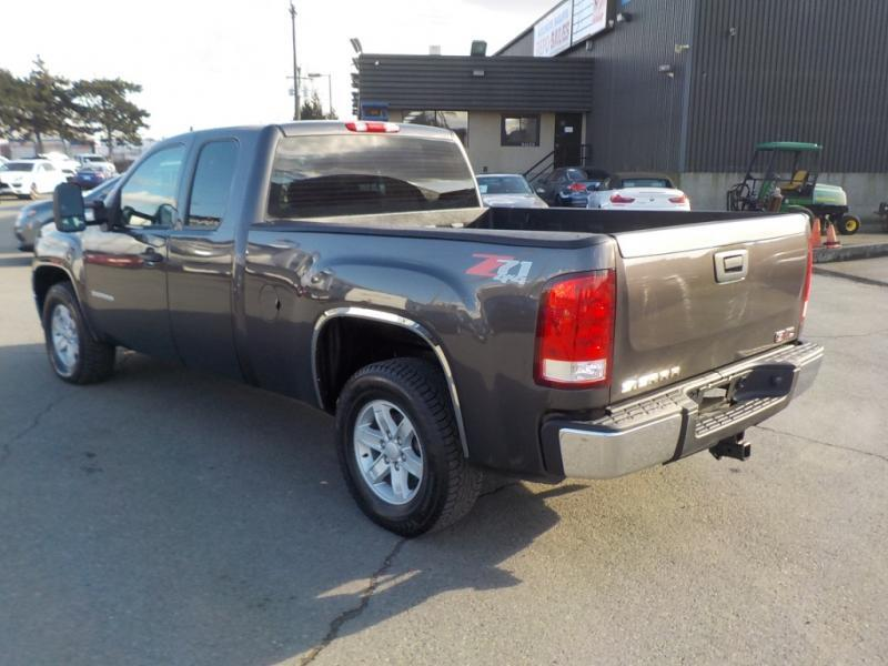 2011 gmc sierra 1500 work truck ext cab regular box 4wd outside comox valley courtenay comox. Black Bedroom Furniture Sets. Home Design Ideas
