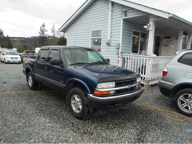2002 chevrolet s 10 crew cab 4x4 outside victoria victoria. Black Bedroom Furniture Sets. Home Design Ideas