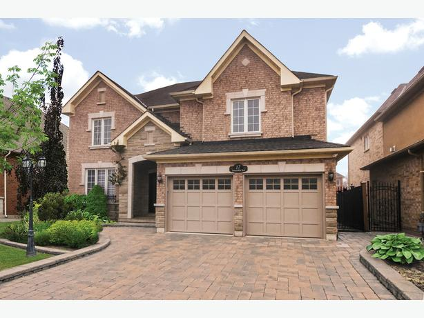 **SOLD** 17 Fontainebleu Rd Brampton Real Estate MLS Listing