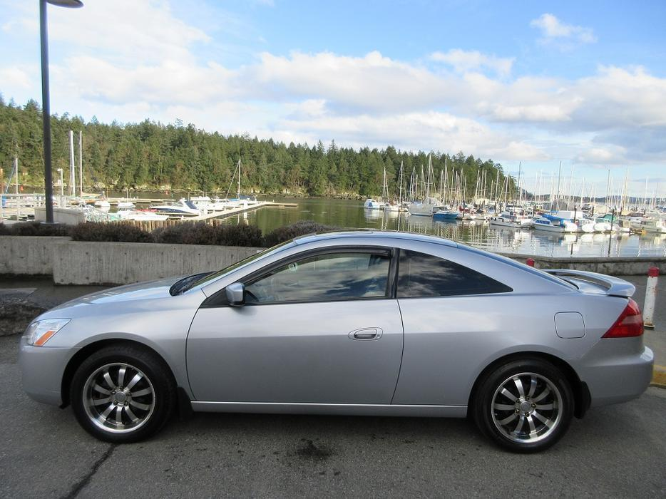 2003 honda accord ex v6 coupe   on sale   fully loaded   local vehicle outside comox valley