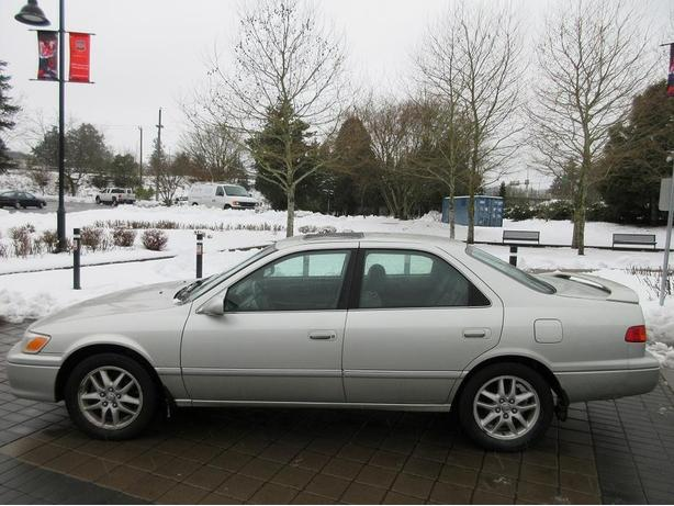 2000 toyota camry xle on sale fully loaded outside comox valley courtenay comox. Black Bedroom Furniture Sets. Home Design Ideas