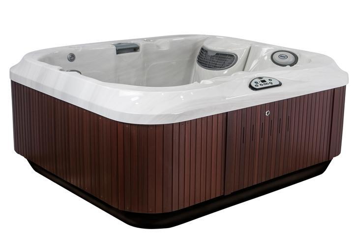 2016 jacuzzi j 315 hot tub clearance outside okanagan. Black Bedroom Furniture Sets. Home Design Ideas